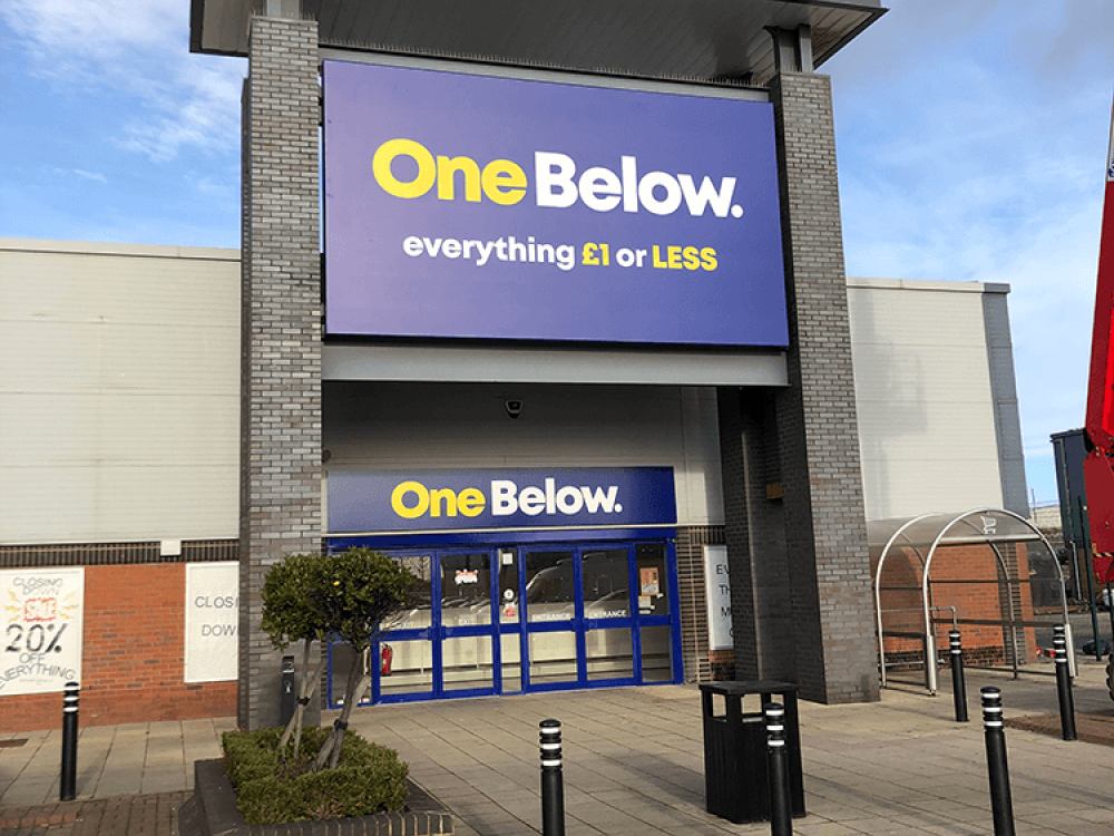 One Below Flex Face Sign in Hartlepool